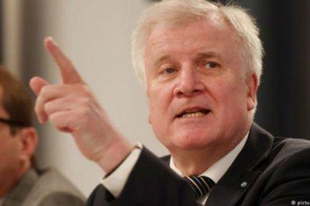 Глава МВД Германии выступает за внесение в список «безопасных стран» Армении и Грузии